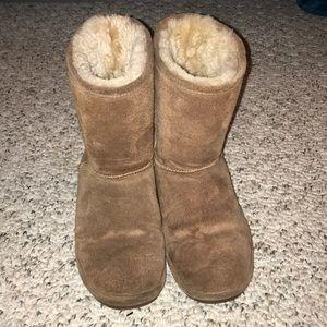 Fuzzy BearPaw Boots